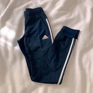 ADIDAS track pants tapered XXS